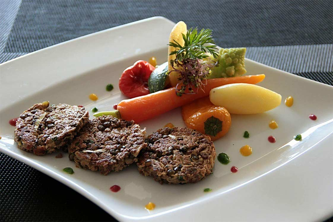 Lentil Burgers with Fresh Vegetables