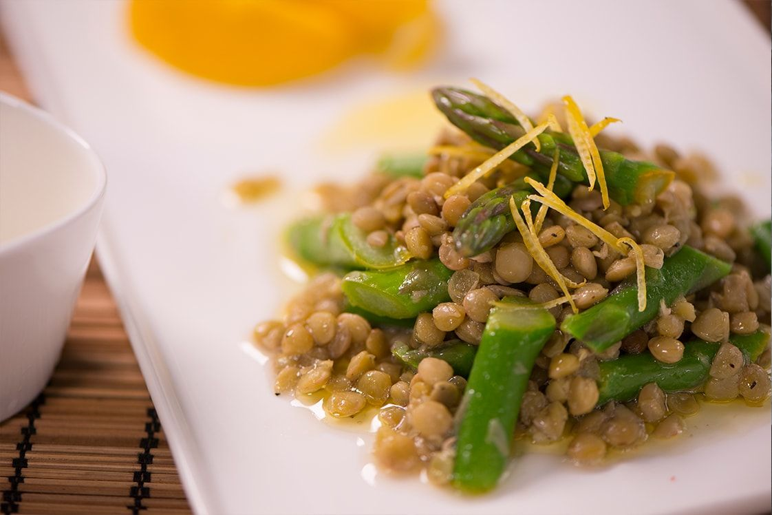 Marinated Asparagus with Lemon & Lentils